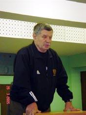 Выступает 'легенда' нашего каратэ Тадеуш Касьянов