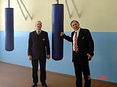 В спортивном зале кафедры спортивно-боевых единоборств и спецподготовки